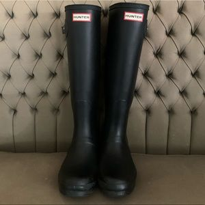 Hunter Boots Size 9- Matte Black